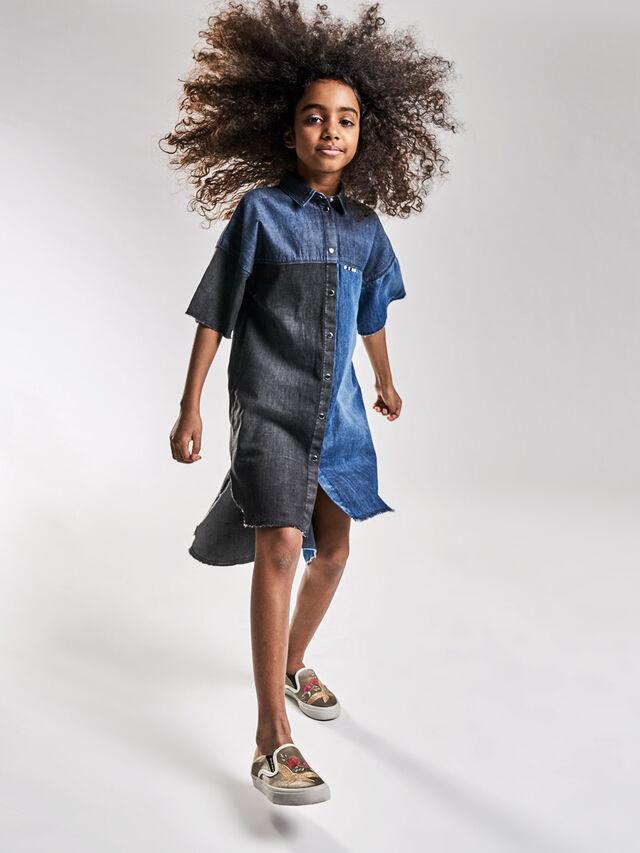DELIE, Blu Jeans