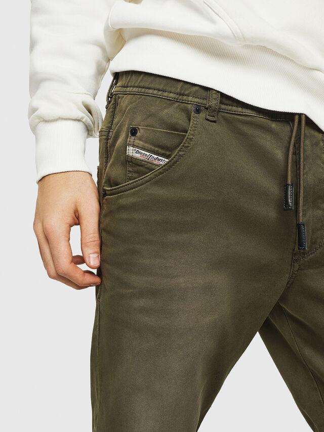 Diesel - D-KROOSHORT JOGGJEANS, Verde Scuro - Shorts - Image 3