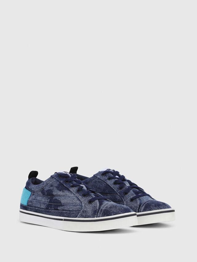 Diesel - D-VELOWS LOW PATCH, Blu Jeans - Sneakers - Image 2
