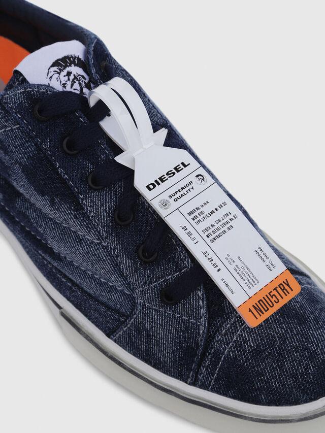 Diesel - D-VELOWS LOW PATCH, Blu Jeans - Sneakers - Image 5