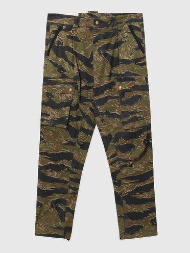 Pantaloni cargo con stampa camouflage-tigrata