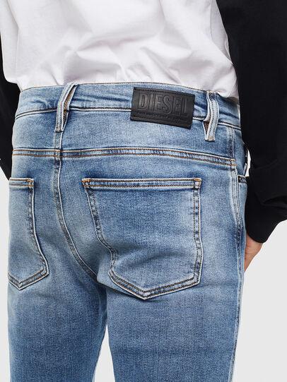 Diesel - D-Istort 009BG, Blu medio - Jeans - Image 4