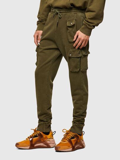 Diesel - P-TARPOCK, Verde Militare - Pantaloni - Image 4