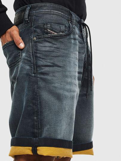 Diesel - D-WILLOH CB JOGGJEANS, Blu Scuro - Shorts - Image 3