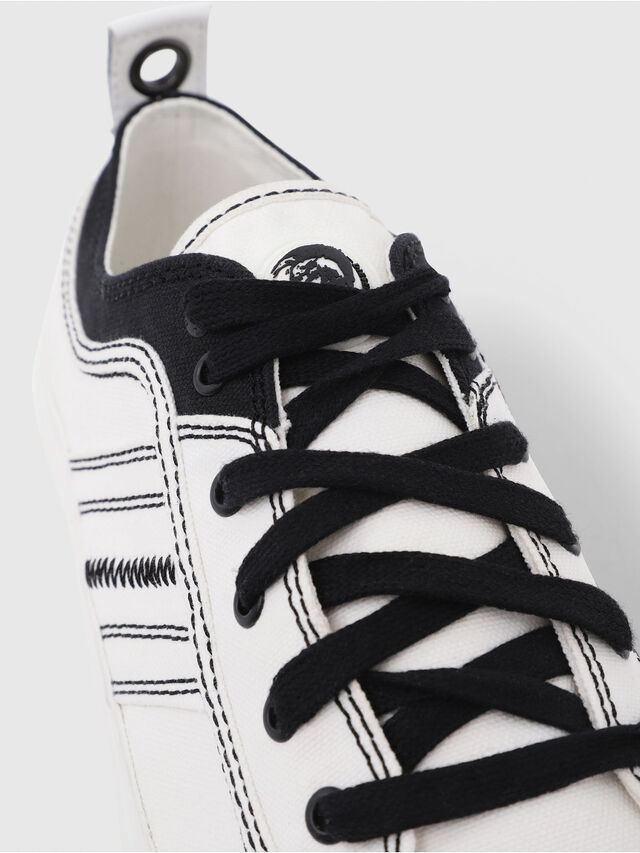 Diesel - S-ASTICO LOW LACE, Bianco/Nero - Sneakers - Image 5
