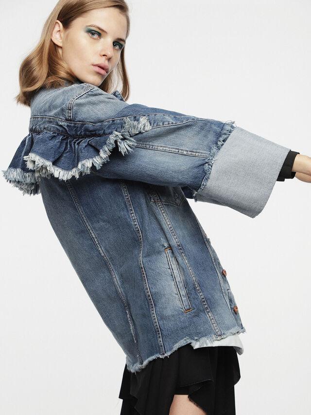Diesel - DE-VISEMAC, Blu Jeans - Giacche in denim - Image 3