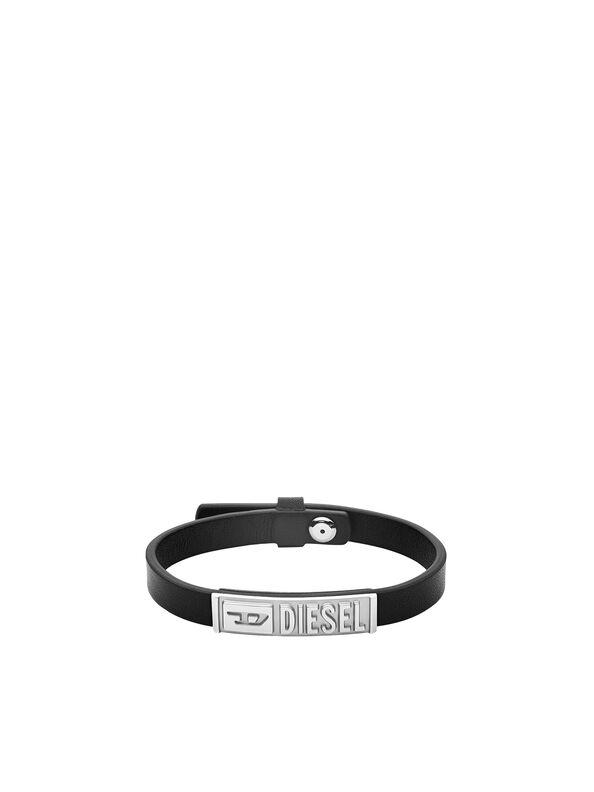 https://it.diesel.com/dw/image/v2/BBLG_PRD/on/demandware.static/-/Sites-diesel-master-catalog/default/dw895c5118/images/large/DX1226_00DJW_01_O.jpg?sw=594&sh=792