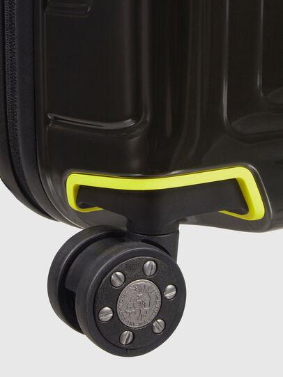 Diesel - CW8*19004 - NEOPULSE, Nero/Giallo - Trolley - Image 7