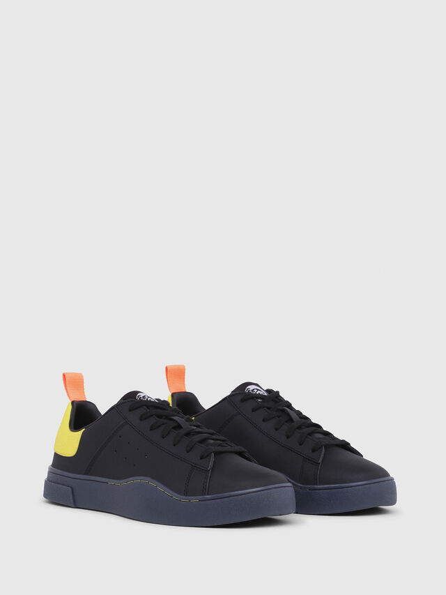 Diesel - S-CLEVER LOW, Nero/Giallo - Sneakers - Image 2