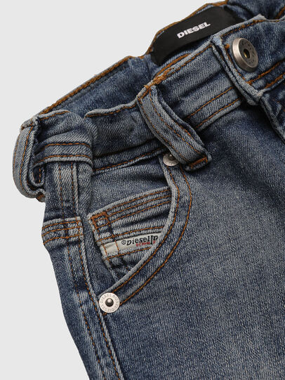 Diesel - PROOLYB-A-N, Blu medio - Shorts - Image 3