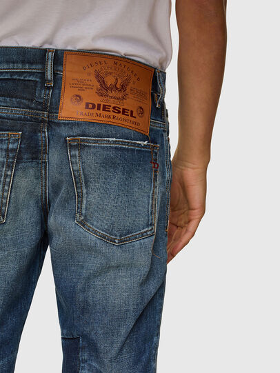 Diesel - D-Fining 009SV, Blu medio - Jeans - Image 4
