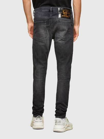 Diesel - D-Reeft JoggJeans® 009SU, Nero/Grigio scuro - Jeans - Image 2