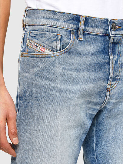 Diesel - D-Kras 009VW, Blu Chiaro - Jeans - Image 3