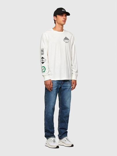 Diesel - T-JUST-LS-N60, Bianco - T-Shirts - Image 5