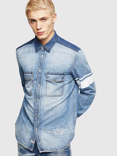 Diesel - D-MILLER, Blu Jeans - Camicie in Denim - Image 1