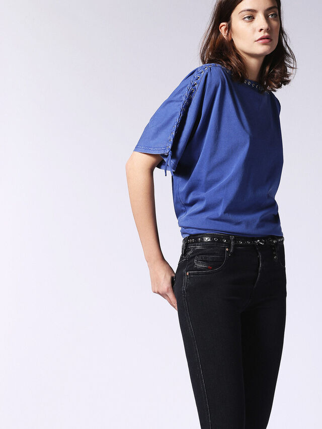 T-LEOX-A, Blu Brillante