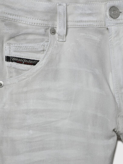 Diesel - KROOLEY-J JOGGJEANS-N, Bianco - Jeans - Image 3