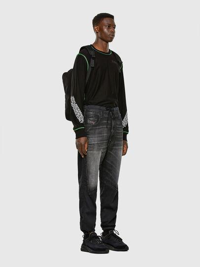 Diesel - D-Skint JoggJeans 069PC, Nero/Grigio scuro - Jeans - Image 6
