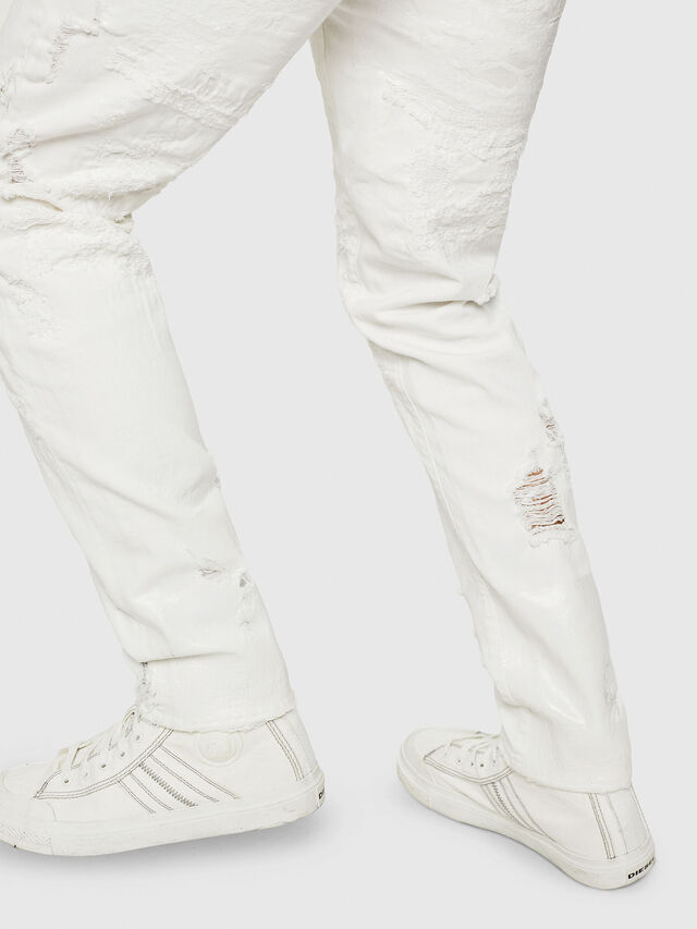 Diesel - Mharky 069GY, Bianco - Jeans - Image 6
