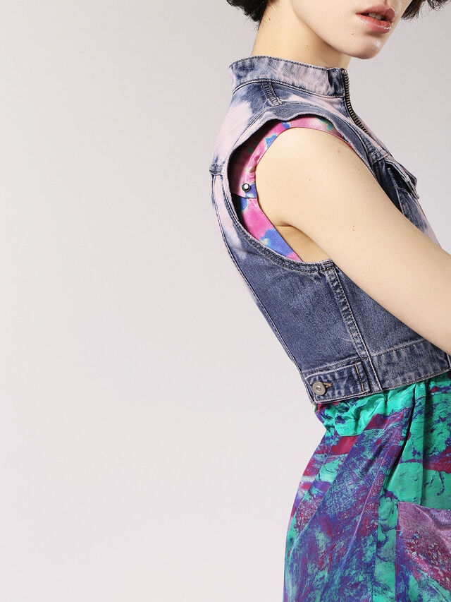 DE-VESTY, Blu Jeans