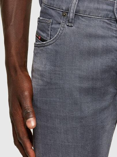 Diesel - D-Yennox 009PB, Grigio Chiaro - Jeans - Image 3