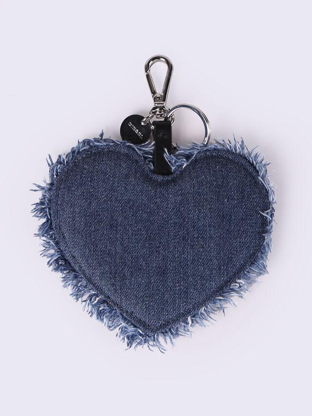 D-AMORE, Blu Jeans