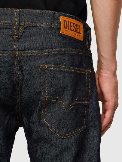 Diesel - Larkee 009HF, Blu Scuro - Jeans - Image 4