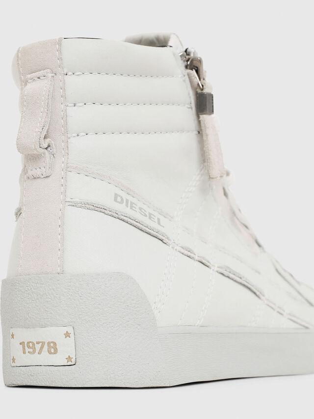 Diesel D-STRING PLUS, Bianco - Sneakers - Image 4
