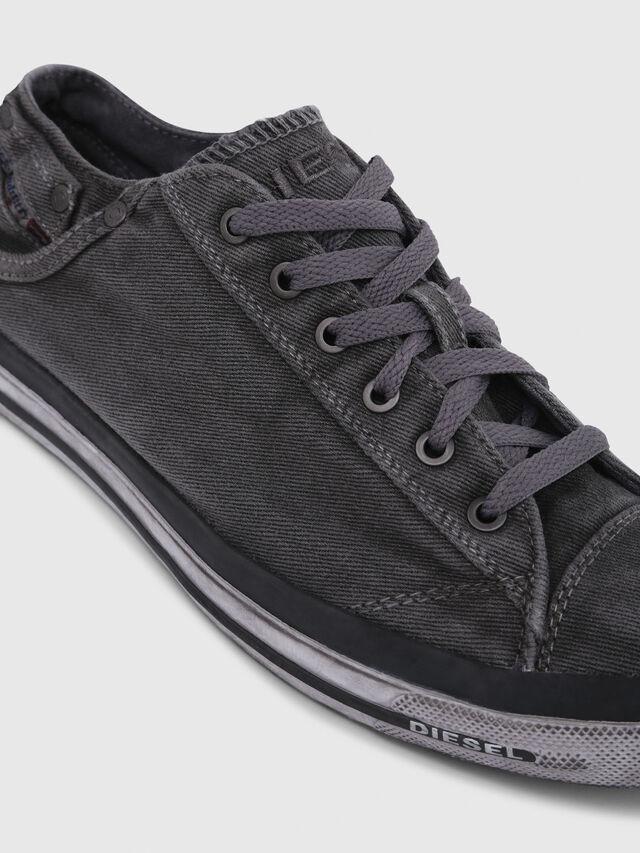 Diesel - EXPOSURE LOW I, Grigio Metallizzato - Sneakers - Image 5