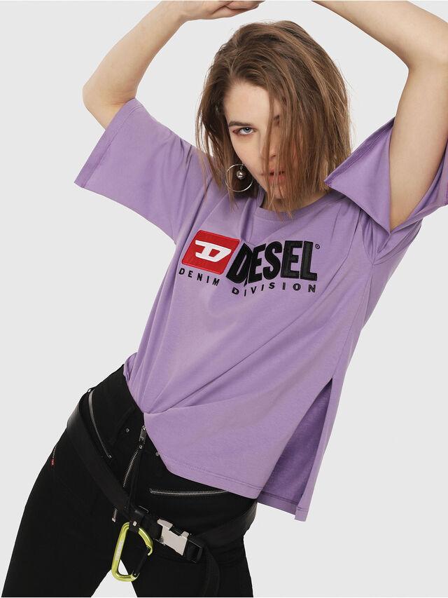 Diesel - T-JACKY-D, Lilla - T-Shirts - Image 3