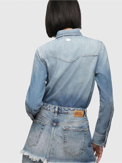 Diesel - DE-DESY-P, Blu Jeans - Vestiti - Image 2