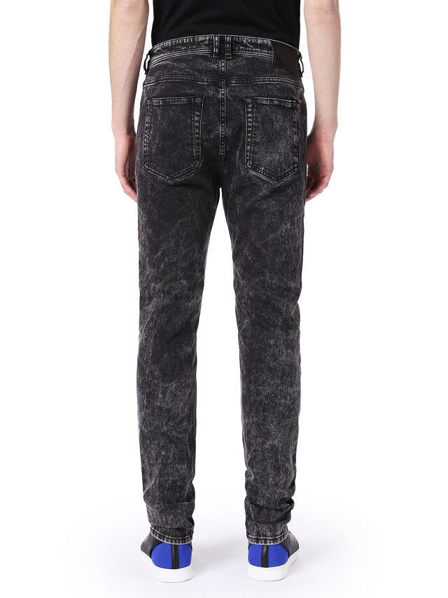 TYPE-2830, Nero Jeans