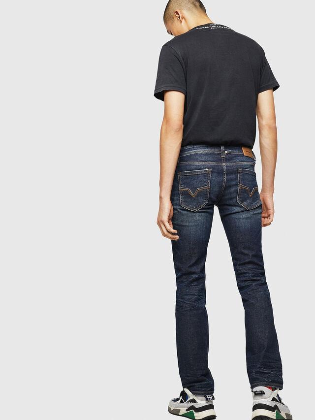 Diesel - Larkee 084ZU, Blu Scuro - Jeans - Image 2
