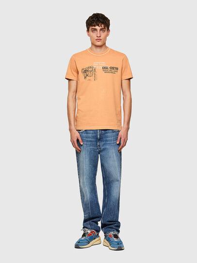 Diesel - T-DIEBIND-B1, Arancione - T-Shirts - Image 4