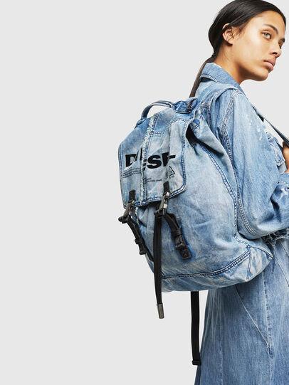 Diesel - VOLPAGO BACK, Blu Jeans - Zaini - Image 6
