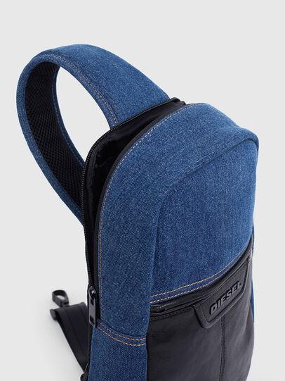 Diesel - F-SUSE MONO ML, Blu Jeans - Borse a tracolla - Image 5