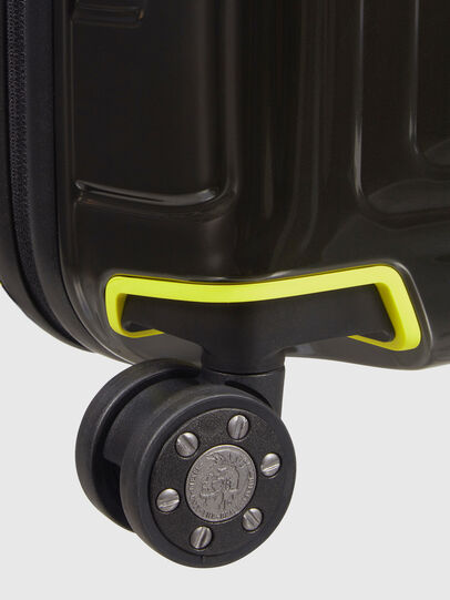 Diesel - CW8*19002 - NEOPULSE, Nero/Giallo - Trolley - Image 7