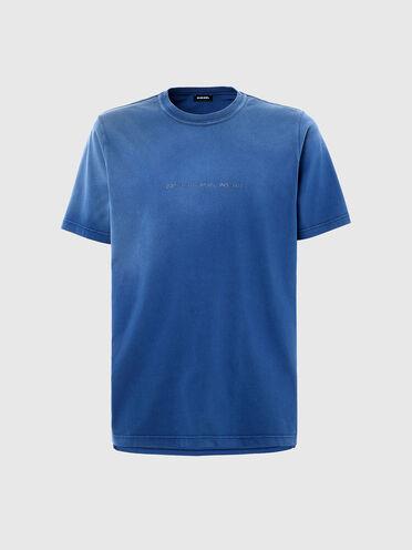 T-shirt con trattamento effetto sbiadito