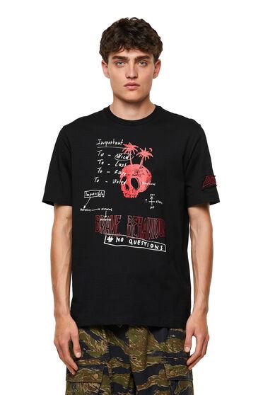 T-shirt con applicazione sulla manica