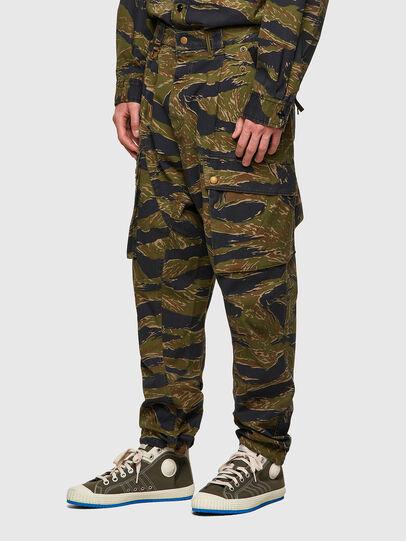 Diesel - P-BARTON, Verde Militare - Pantaloni - Image 5