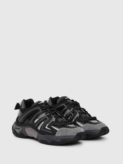 Diesel - S-KIPPER LOW TREK, Nero - Sneakers - Image 2