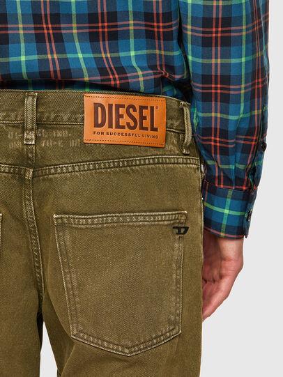 Diesel - D-Kras 09A35, Verde Militare - Jeans - Image 4