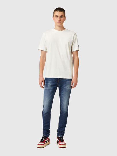 Diesel - T-JUST-B67, Bianco - T-Shirts - Image 4