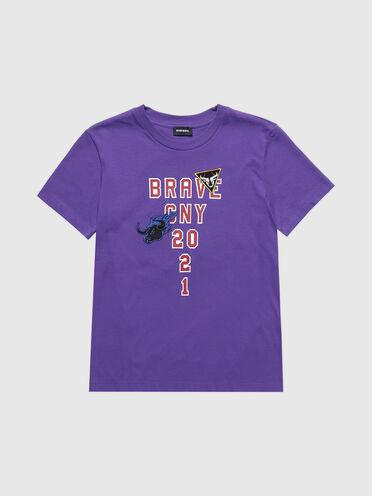 T-shirt ricamata Chinese New Year