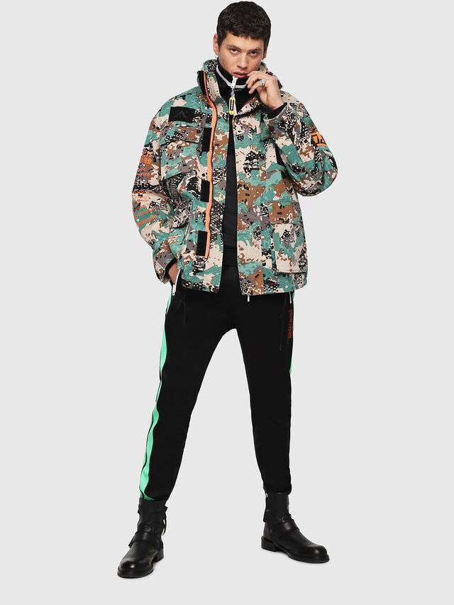 Diesel - J-TOUCHA-CAMOU, Verde Camo - Giacche - Image 6