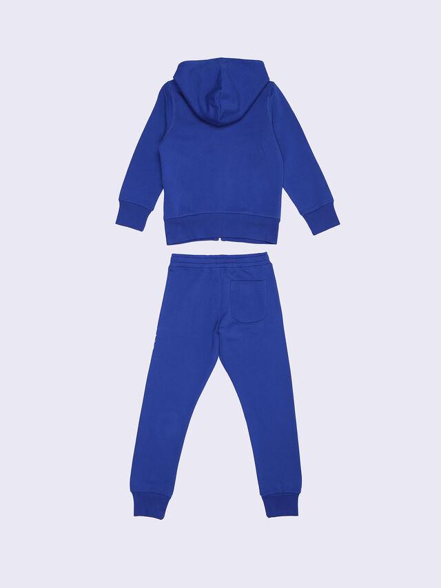 SALM-SET, Blu Brillante