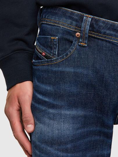 Diesel - Larkee 009MI, Blu Scuro - Jeans - Image 4