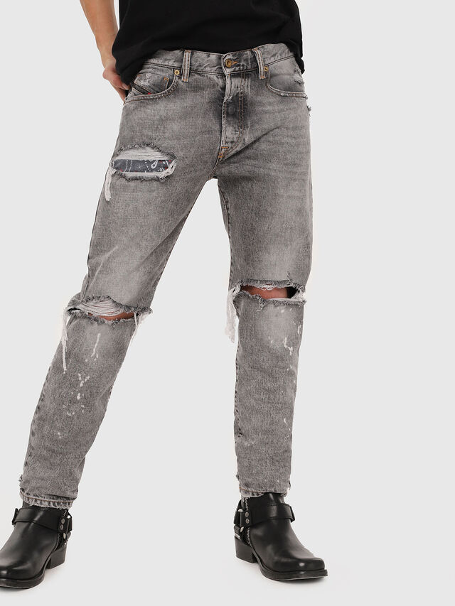Diesel - Mharky 089AT, Grigio Chiaro - Jeans - Image 1