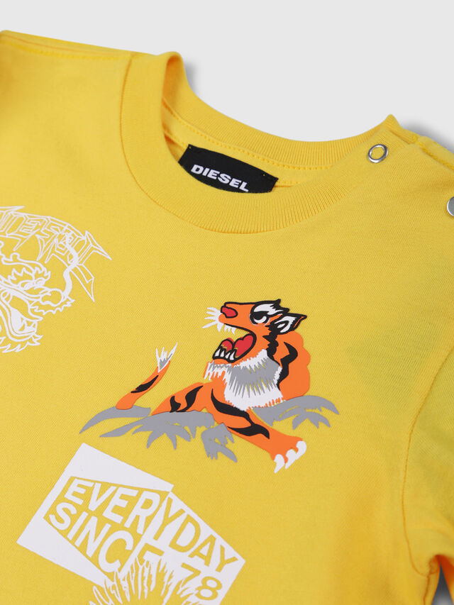 Diesel - TUCSEB, Giallo - T-shirts e Tops - Image 3