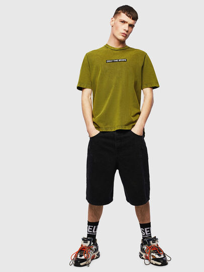 Diesel - T-JUST-SLITS-T15, Giallo - T-Shirts - Image 4
